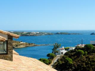 Beautiful house front beach - Cadaques vacation rentals