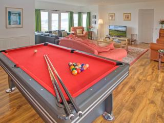 Perfect House in Selkirk with Internet Access, sleeps 14 - Selkirk vacation rentals