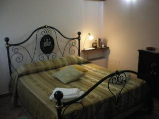 Nice Cottage with Internet Access and Television - Sant'Angelo di Brolo vacation rentals