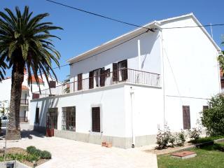 Beautiful 3 bedroom Condo in Podstrana - Podstrana vacation rentals