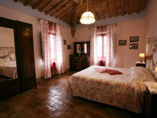 AGRITURISMO FATTORIA ARMENA - Buonconvento vacation rentals