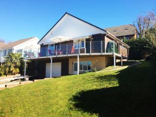 Lovely Bungalow with Internet Access and Central Heating - Wootton vacation rentals