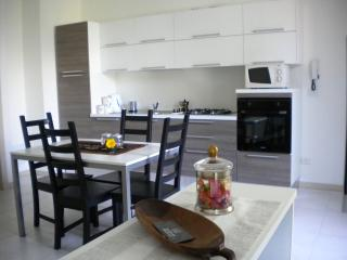 Nice Condo with Internet Access and Dishwasher - Lecco vacation rentals