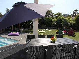 Villa avec piscine,SANS VIS à VIS mer à 4 mn - Cap-d'Agde vacation rentals