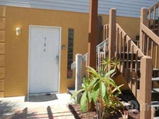 The Tarpon Beach Bungalow - Fort Myers Beach vacation rentals