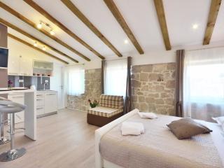 Silver luxury studio in center of Split **** - Central Dalmatia Islands vacation rentals