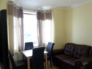 4 Bedroom  House (G) London 15 min. to City Centre - London vacation rentals