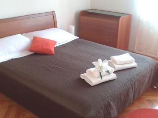 Apartment TIM, Split - Dalmatia vacation rentals