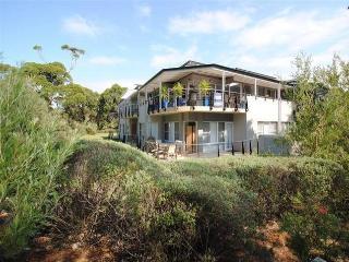 Perfect Condo with Dishwasher and Garden - Callala Bay vacation rentals