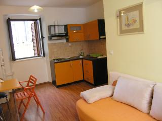 Comfortable 2 bedroom Zadar Condo with Satellite Or Cable TV - Zadar vacation rentals