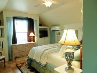All inclusive, accepting all Govt. per diem rates - Fayetteville vacation rentals