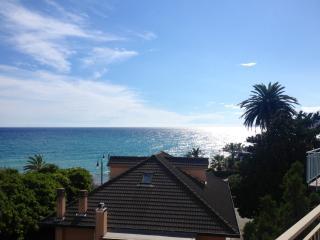 Cogoleto appartamento sul mare - Cogoleto vacation rentals