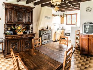 2 bedroom Gite with Television in Espagnac - Espagnac vacation rentals