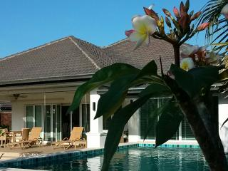 4 bedroom Villa with Deck in Hua Hin - Hua Hin vacation rentals