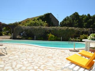 Nice Villa with Internet Access and A/C - Paceco vacation rentals