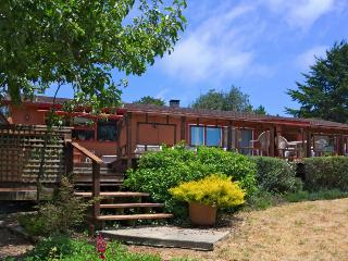 Home w/private hot tub; deck & ocean views; park access - Mendocino vacation rentals