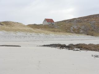 Cozy 3 bedroom Cottage in South Uist with Dishwasher - South Uist vacation rentals