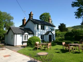 Nice Cottage with Internet Access and Central Heating - Polegate vacation rentals