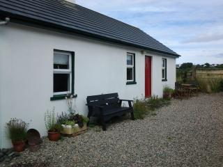 1 bedroom Cottage with Internet Access in Bushmills - Bushmills vacation rentals