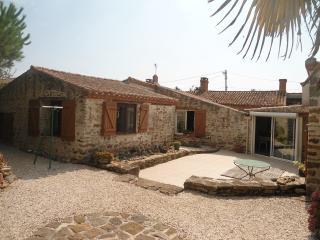 3 bedroom Cottage with Internet Access in Jard-sur-Mer - Jard-sur-Mer vacation rentals