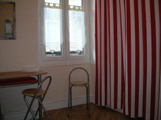 Nice Studio with Television and Microwave - Biarritz vacation rentals