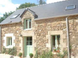 Cozy Josselin Cottage rental with Satellite Or Cable TV - Josselin vacation rentals