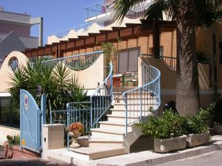 Bright 2 bedroom Resort in San Benedetto Del Tronto with Internet Access - San Benedetto Del Tronto vacation rentals