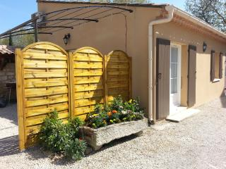 1 bedroom Gite with A/C in Maillane - Maillane vacation rentals