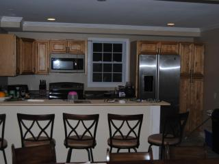 Perfect House with Deck and Internet Access - Narragansett vacation rentals