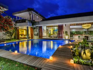 VILLA BANYU - HEAVENLY 4 BEDROOM SANCTUARY - Seminyak vacation rentals