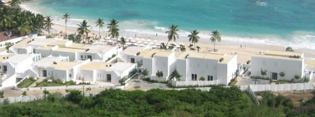 Coral Beach Club - Beachview villas on Dawn Beach - CORAL BEACH CLUB... 2 & 3 BR beach view villas just steps from beautiful Dawn Beach - Dawn Beach - rentals