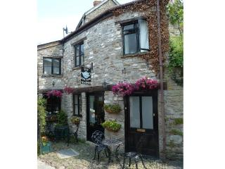 Comfortable 1 bedroom Hay-on-Wye Apartment with Internet Access - Hay-on-Wye vacation rentals