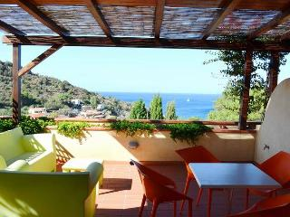 2 bedroom Townhouse with Dishwasher in Elba Island - Elba Island vacation rentals