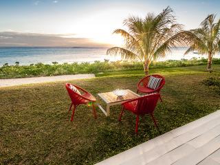 Cap Ouest 3 bedrooms Beachfront Suite by Dream Escapes - Flic En Flac vacation rentals