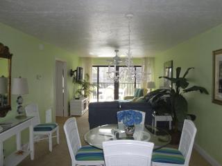 Pointe Santo B23 Sanibel Sun Seekers! Remodeled! - Sanibel Island vacation rentals