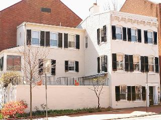 Historic Georgetown House- Walk to Metro & Sights - Washington DC vacation rentals