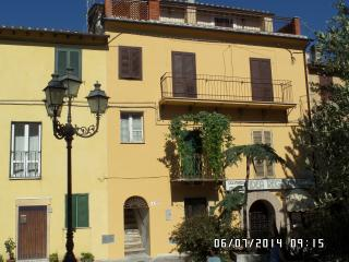 Nice House with Internet Access and A/C - Calcata vacation rentals
