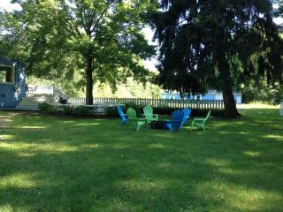 Perfect House with Deck and Internet Access - Harbert vacation rentals