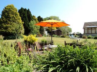 Nice 2 bedroom Bungalow in Haverfordwest - Haverfordwest vacation rentals
