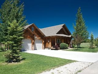 Hot Tub! 9 Miles to Targhee Resort! Perfect location! Free WiFi - 5 Stars! - Driggs vacation rentals