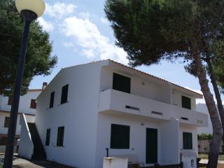 villetta con 4 appartamenti - Calasetta vacation rentals