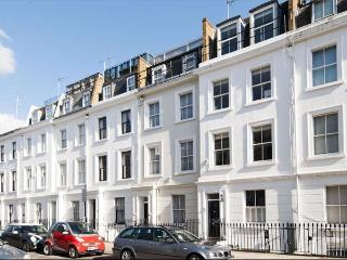 Beautiful, modern 2 bedroom holiday apartment in Pimlico, Central London - London vacation rentals
