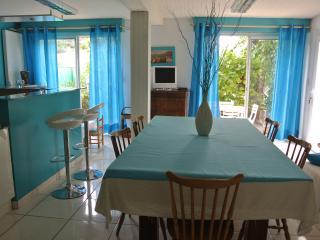 RDC à 400m de la mer,quartier calme,rénové - Saint-Andre vacation rentals