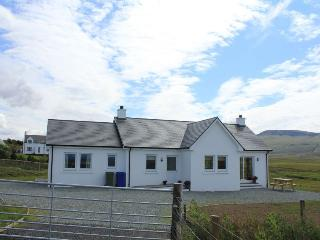 Bright 2 bedroom Staffin Cottage with Internet Access - Staffin vacation rentals