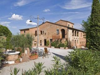 Holiday Resort in Montepulciano T - Montepulciano vacation rentals