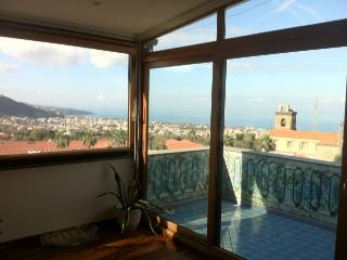 Nice 2 bedroom Penthouse in Piano di Sorrento - Piano di Sorrento vacation rentals