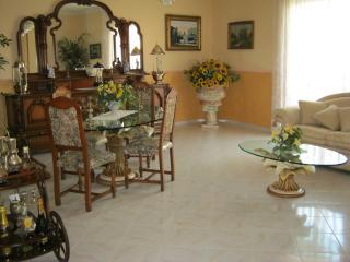 2 bedroom Bed and Breakfast with Internet Access in Sarno - Sarno vacation rentals