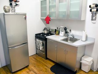 Cozy and Furnished Flat in Soho - New York City vacation rentals