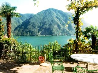 Villa near lake with garden, aircond.,shared pool - Lugano vacation rentals