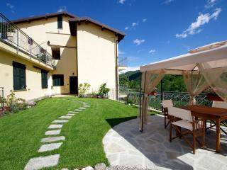 Agriturismo Ponterotto - 1 bedroom apartment - Ranzo vacation rentals